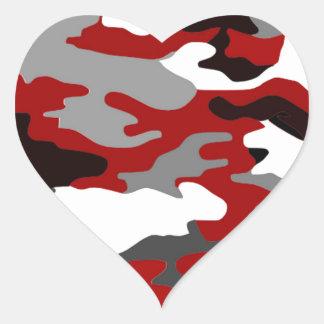 El rojo sombrea Camo Pegatina En Forma De Corazón