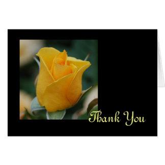 El rosa de la amistad le agradece cardar tarjeta de felicitación