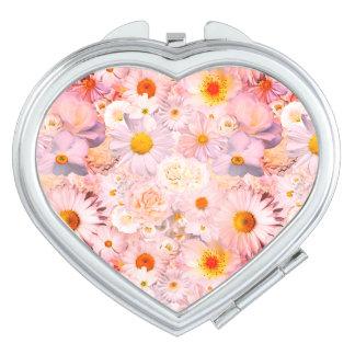 El rosa florece la primavera nupcial del boda espejo de maquillaje