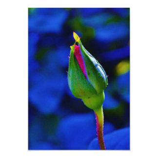 El rosa provino invitaciones del capullo de rosa invitación 12,7 x 17,8 cm