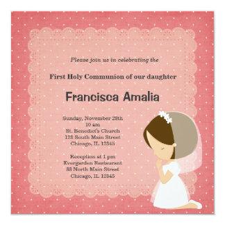 El rosa puntea al chica de la comunión santa invitación 13,3 cm x 13,3cm