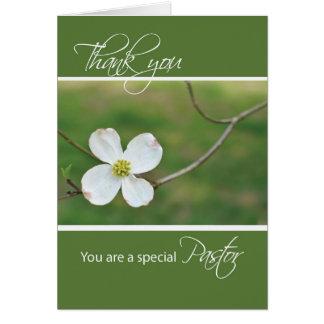El sacerdote le agradece flor del Dogwood Tarjeta De Felicitación