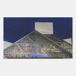 El salón de la fama del rock-and-roll en la pegatina rectangular