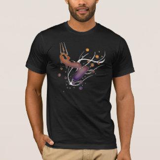 El salto. Camisa que practica surf de la cometa