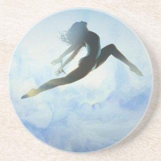 El salto del bailarín portavasos