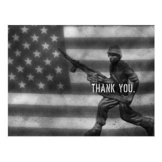 El soldado le agradece postal