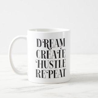 El sueño crea la taza de café de la repetición de