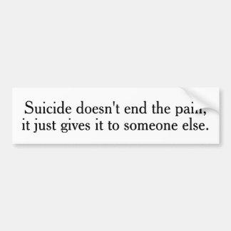 El suicidio no termina a las pegatinas para el