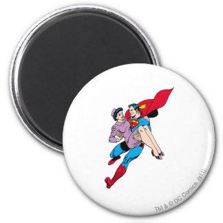 El superhombre rescata a Louis Imán