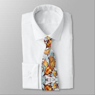 El tatuaje japonés de la carpa de Koi inspiró la Corbata