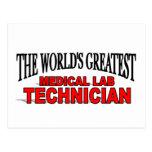 El técnico del laboratorio médico más grande del m postal