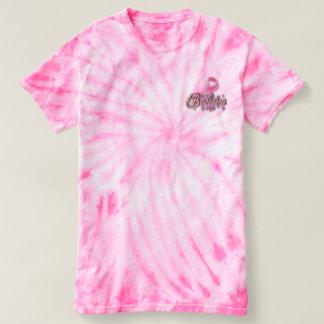 El teñido anudado rosado cree la camisa del cáncer