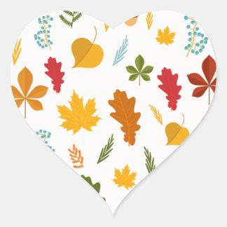 El thankgiving decoritive estacional de las hojas pegatina en forma de corazón