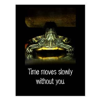 El tiempo se mueve lentamente postal
