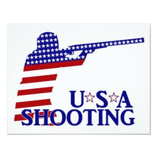 El tirar de los E.E.U.U. (rifle blanco y azul Invitación 10,8 X 13,9 Cm