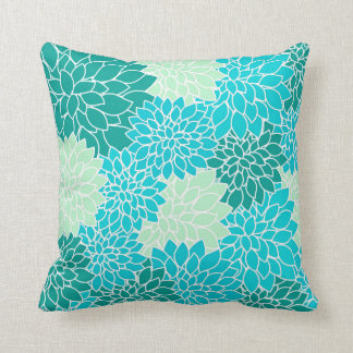 El verde azul de la aguamarina del trullo florece cojín decorativo