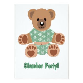 El verde borroso del oso de peluche floreció sueño invitación 12,7 x 17,8 cm