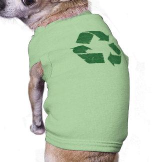 El verde del vintage recicla la muestra camisetas de perrito