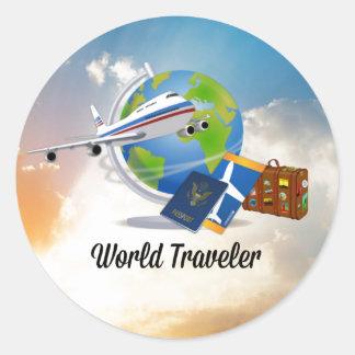 El viajero de mundo, lleno y alista para ir pegatina redonda