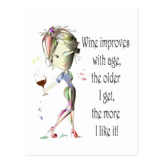 El vino mejora con la edad, regalos chistosos del postal