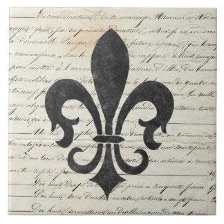 El vintage acentúa la flor de lis francesa de las azulejo cuadrado grande