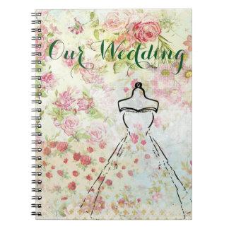 El vintage inspiró el cuaderno del plan del boda