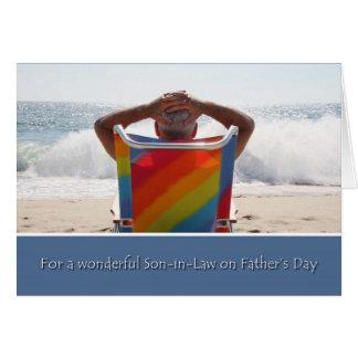 El yerno del día de padre, playa del océano, agita tarjeta