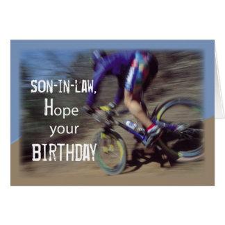 El yerno se divierte cumpleaños de la bici de tarjeta de felicitación