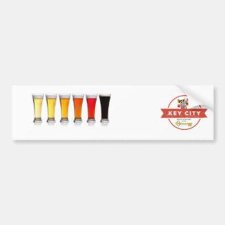 Elaboración de la cerveza dominante de la ciudad pegatina para coche