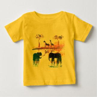 Elefante, arte de la puesta del sol del safari de camiseta