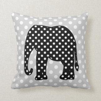 Elefante blanco y negro de los lunares cojín decorativo