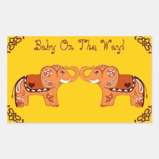 Elefante de la alheña (naranja/rojo) (fiesta de pegatina rectangular
