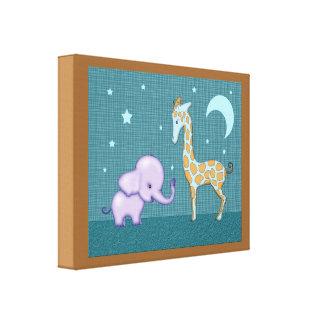 Elefante de la decoración del cuarto de niños y lo