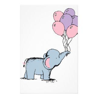 Elefante del bebé papelería