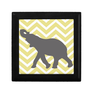Elefante en el zigzag de Chevron - amarillo y blan Cajas De Recuerdo
