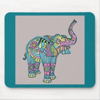Elefante feliz alfombrilla de ratón