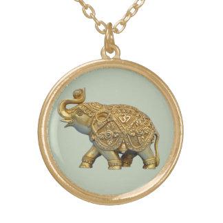 Elefante indio collar dorado