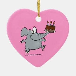 elefante lindo con la torta de cumpleaños del choc ornamentos para reyes magos