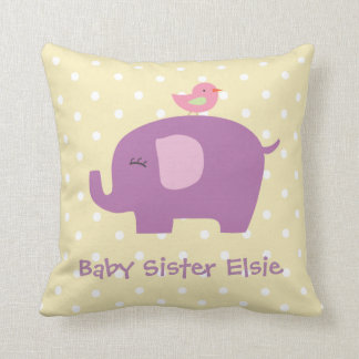Elefante lindo del bebé y almohada personalizada
