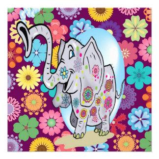 Elefante lindo del Hippie con las flores coloridas Comunicado Personal