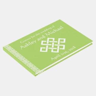 Elegancia china en libro de visitas del Peridot