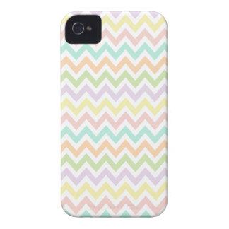 Elegante geometría de chevrón en multicolor carcasa para iPhone 4