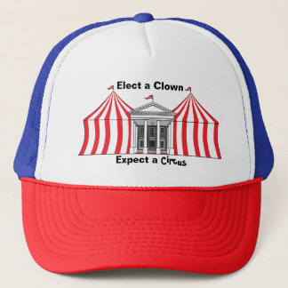 Elija a un payaso, cuente con un gorra del circo