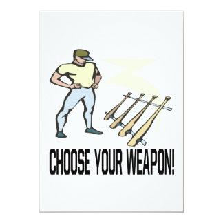 Elija su arma invitación 12,7 x 17,8 cm