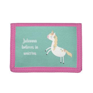 Ella cree en los unicornios, cartera con nombre
