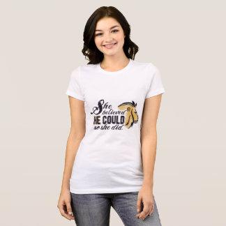 Ella creyó que ÉL pudo encouragment cristiano Camiseta
