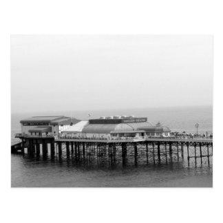 Embarcadero de la playa postales