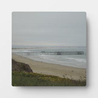 Embarcadero en la playa de Pismo, California Placa Expositora