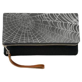 Embrague de Dewey Spiderweb Foldover Clutch