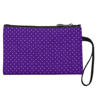 Embrague púrpura perfecto para los partidos de fút